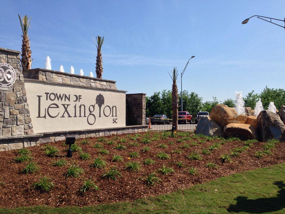 Town of Lexington Welcome Sign